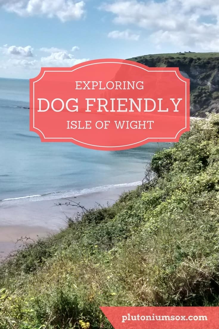 Dog friendly Isle of Wight: UK | The Isle of Wight is just of the South Coast of England and reachable by a short ferry journey. It is one of the most dog friendly places I have been to, ideal for a family with both children and dogs. We spent a lot of time exploring the island. Dogs were welcome on the ferry and at many of the attractions and days out. There are long walks along the coast and dog friendly pubs and restaurants.