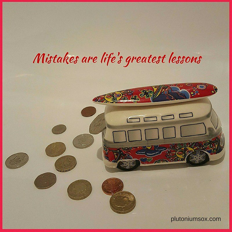 What age should I give pocket money? A mum explains the lessons that can be learned from pocket money. A family, travel and lifestyle blog.