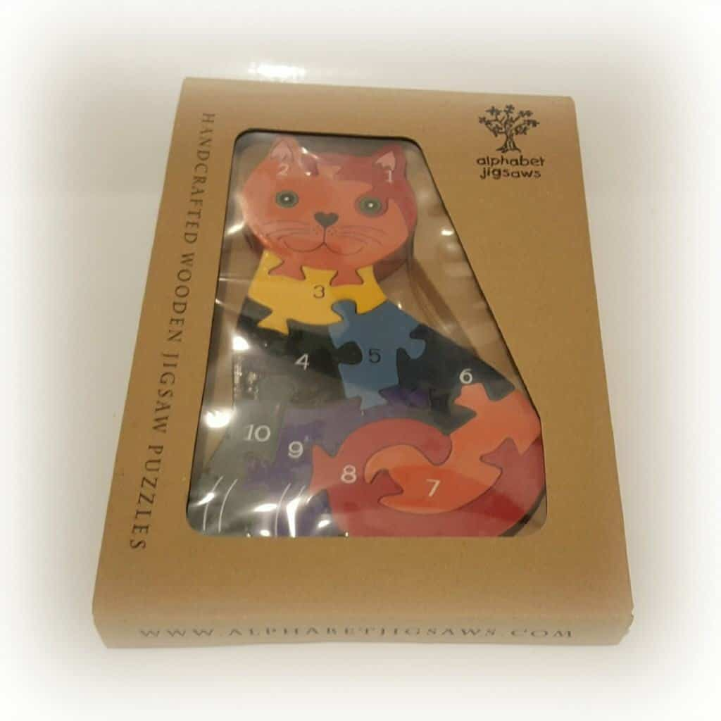 A review of the Wicked Uncle present service - cat jigsaw puzzle