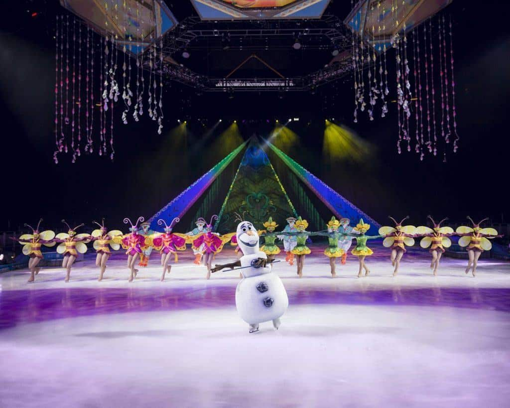 Disney On Ice Frozen - Review includes information on what age children it is suitable for.