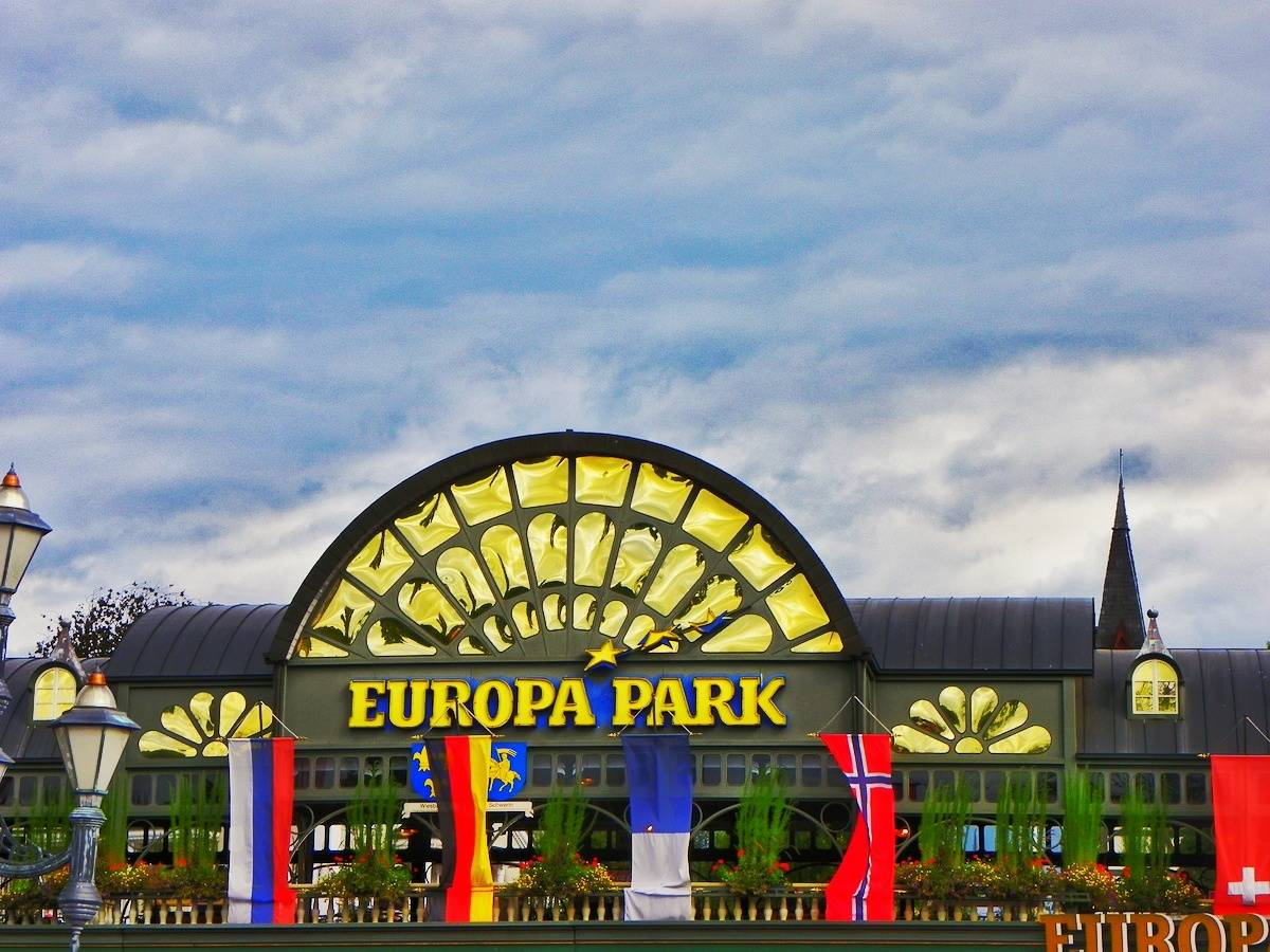 20 tips for visiting europa park theme park in germany plutonium sox. Black Bedroom Furniture Sets. Home Design Ideas