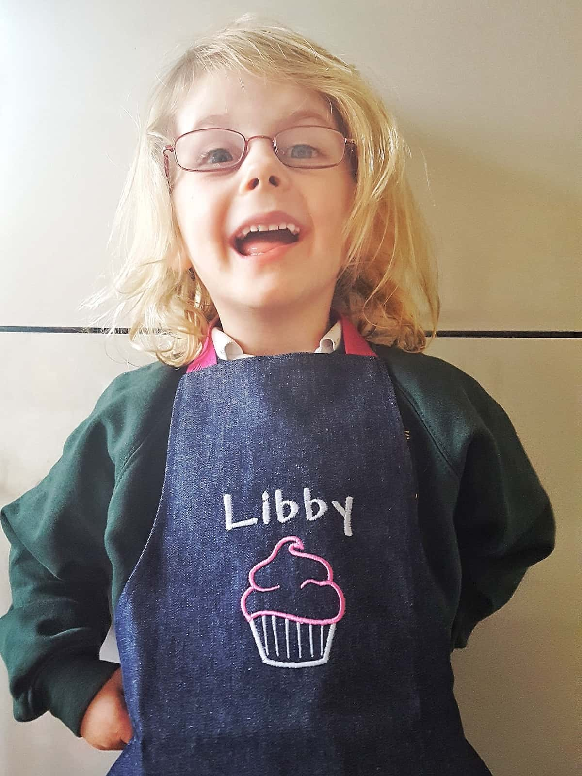 Arty apple focus is on quality, affordability and the personal touch that comes with each item being specially made for the child who will receive it. We have reviewed the personalised girls' aprons and you have the chance to win one.