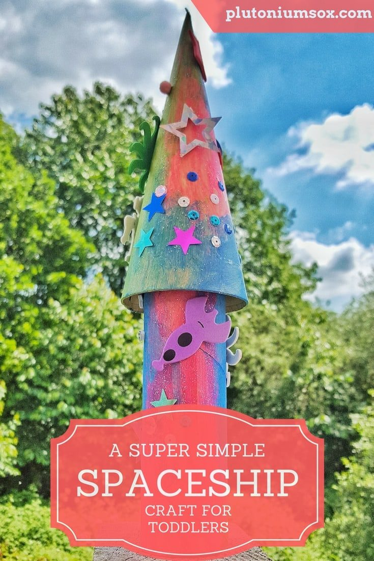 This spaceship is a simple and effective craft that toddlers can make themselves with great results. You'll only need a few cheap craft materials to get started, and children will be so proud of themselves for making something that looks fabulous.