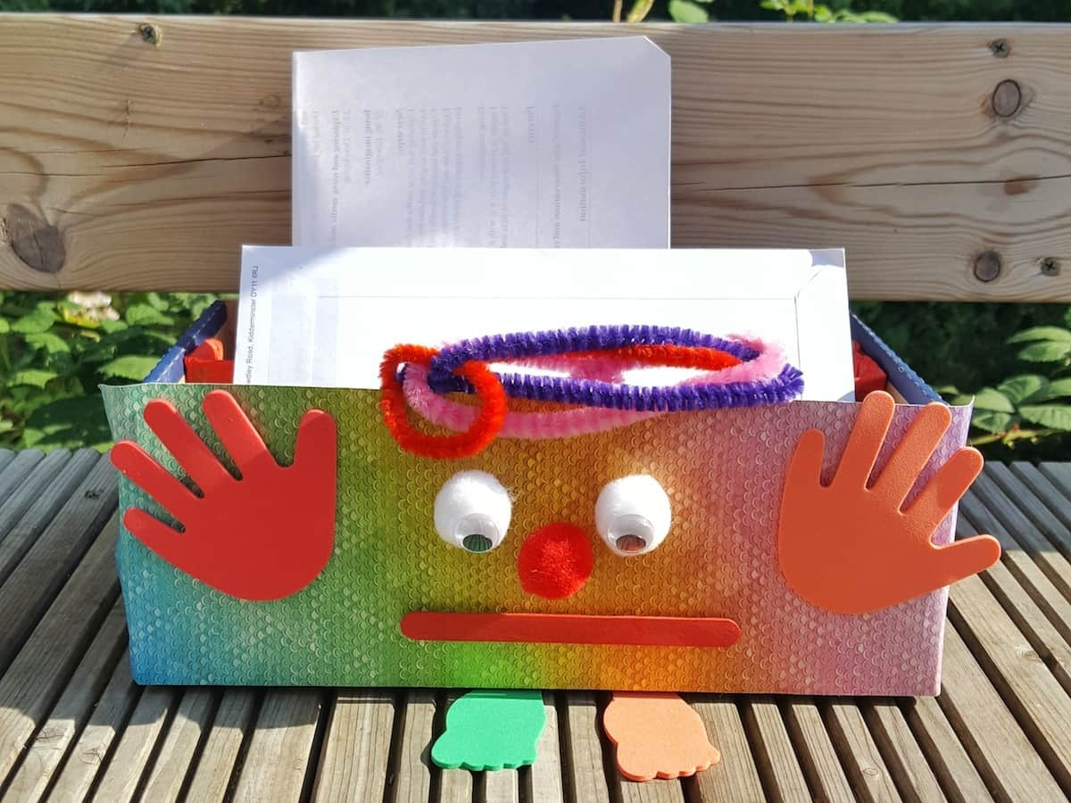 How to make a monster letter rack