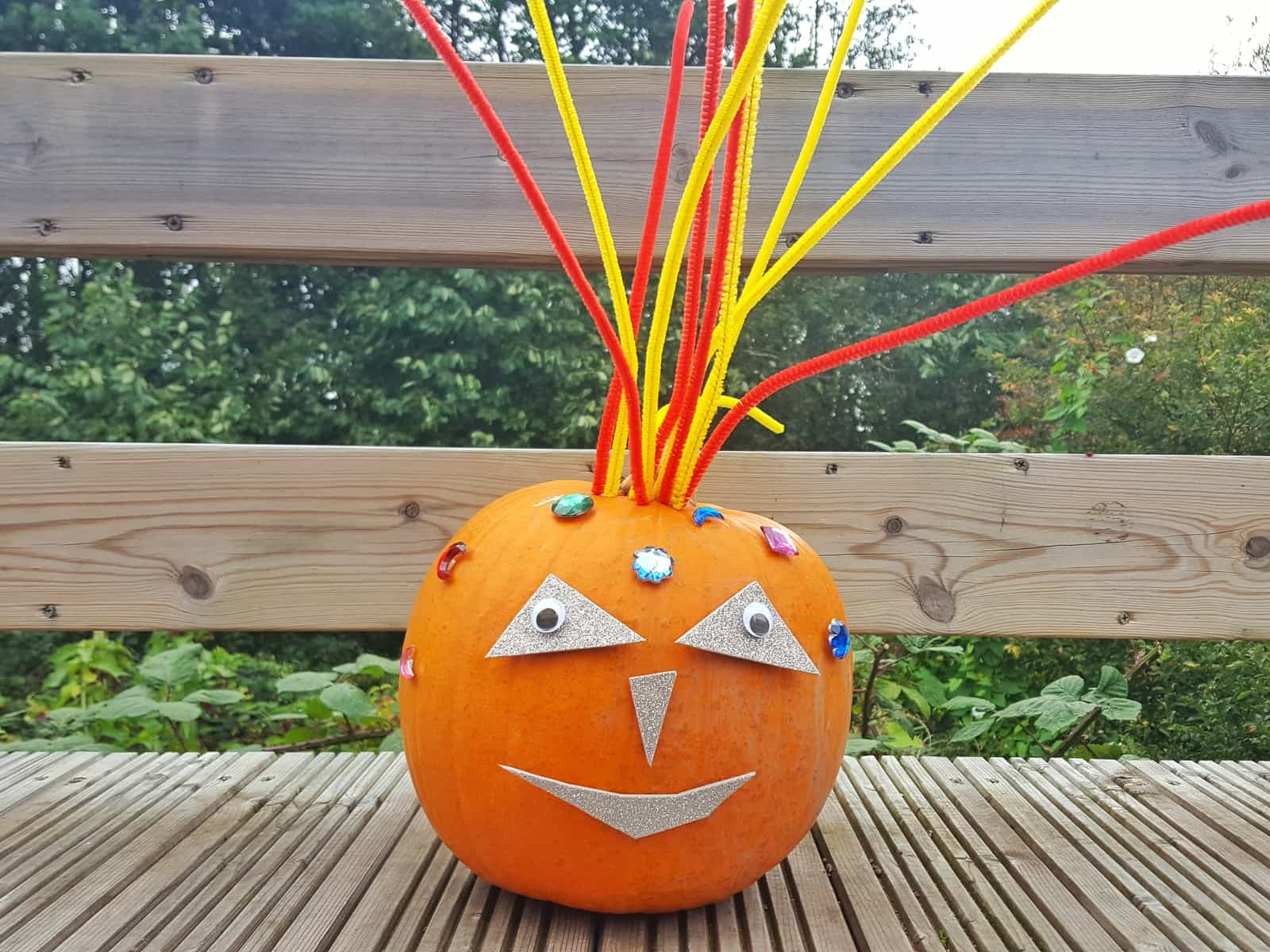 Halloween | These no-carve Halloween pumpkins are perfect for families with young children. Even toddlers can get involved with decorating their own pumpkin. This is a totally safe craft for children and they can play with it again and again with little or no adult supervision. You need minimal craft supplies and a pumpkin!