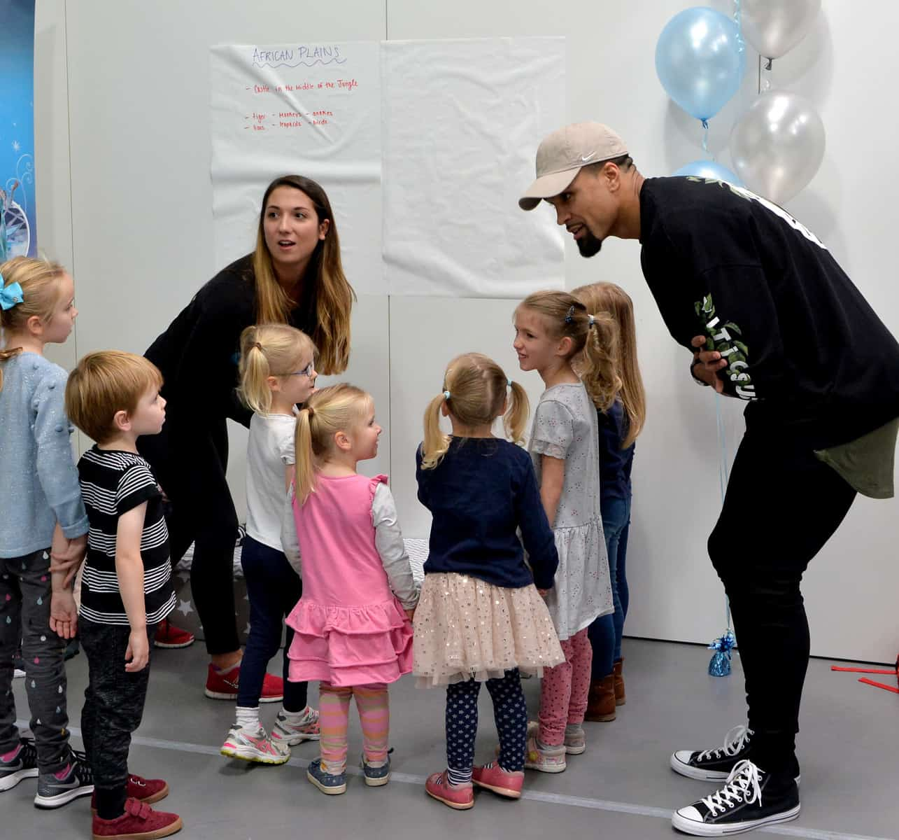 Disney On Ice. Birmingham. 3rd September 2017. Ahead of Disney On Ice coming to Birmingham on the 18th October Ashley Banjo hosts a dance workshop as part of the Fit to Dance programme Picture by Simon Hadley. www.simonhadley.co.uk