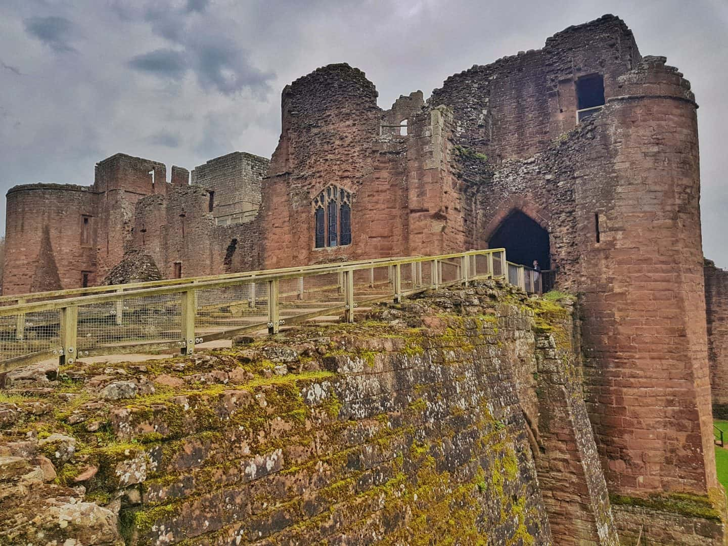 A dog friendly family day out at Goodrich Castle