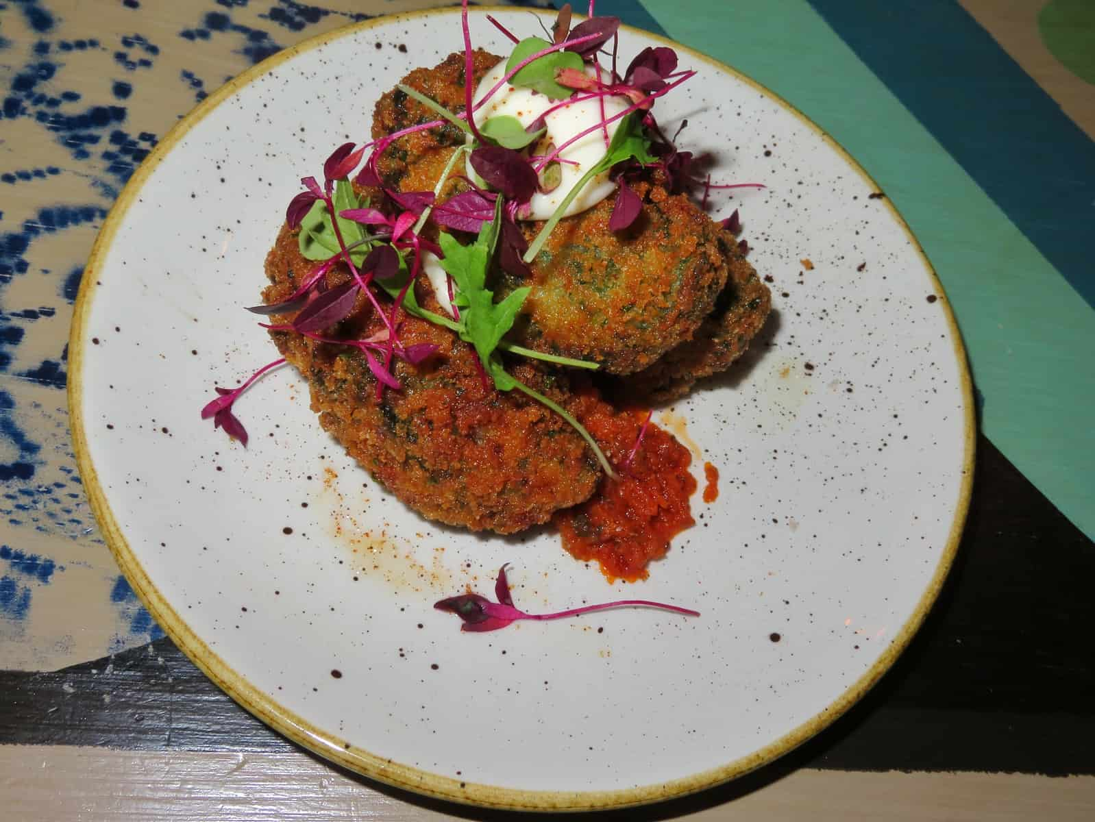 cosy-club-starter-goats-cheese-croquettes