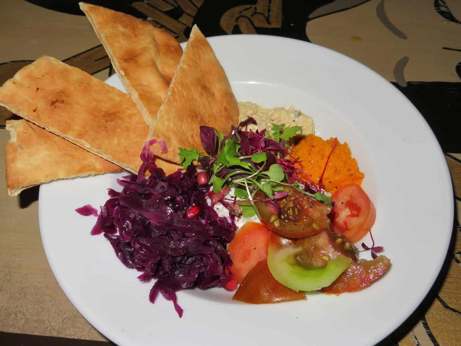 cosy-club-starter-mediterranean-plate