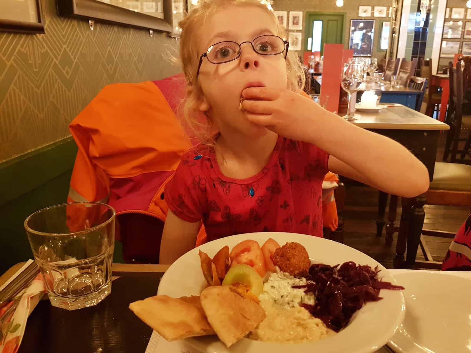 cosy-club-kids-meal-mezze-plate