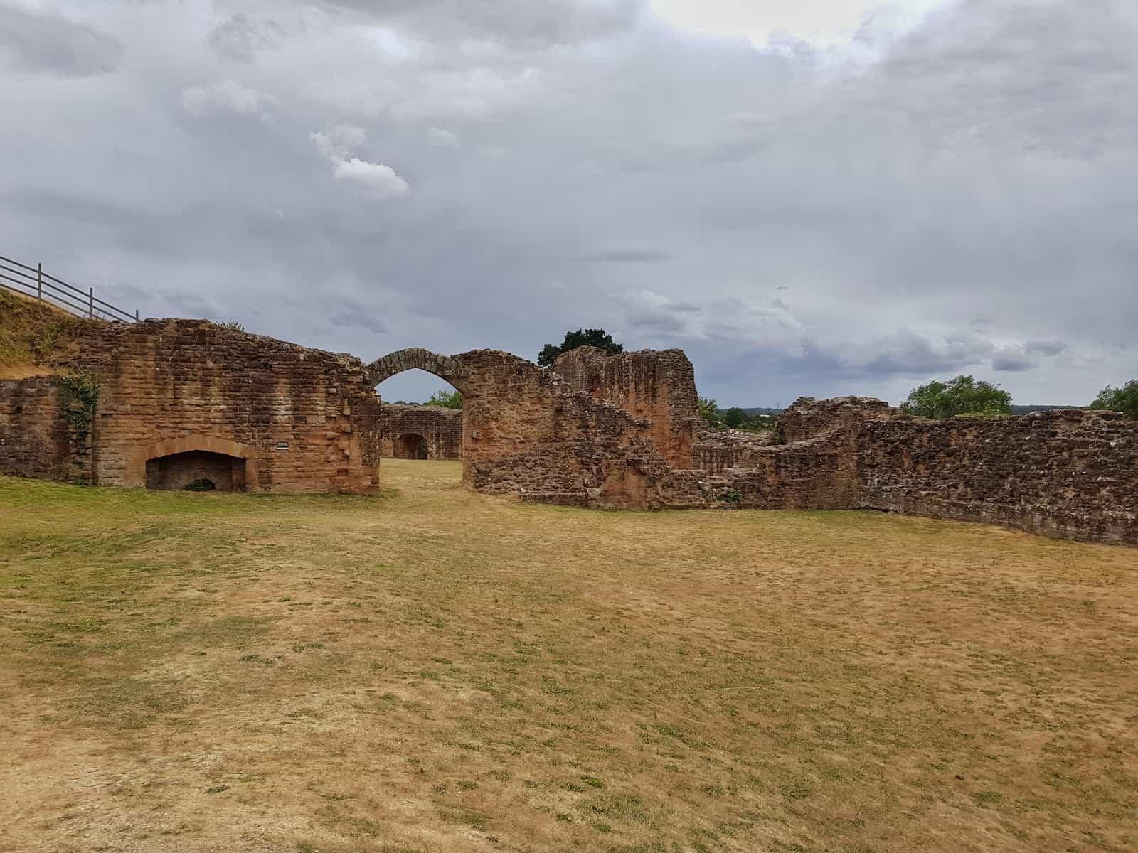 Kenilworth Castle Warwickshire exterior walls