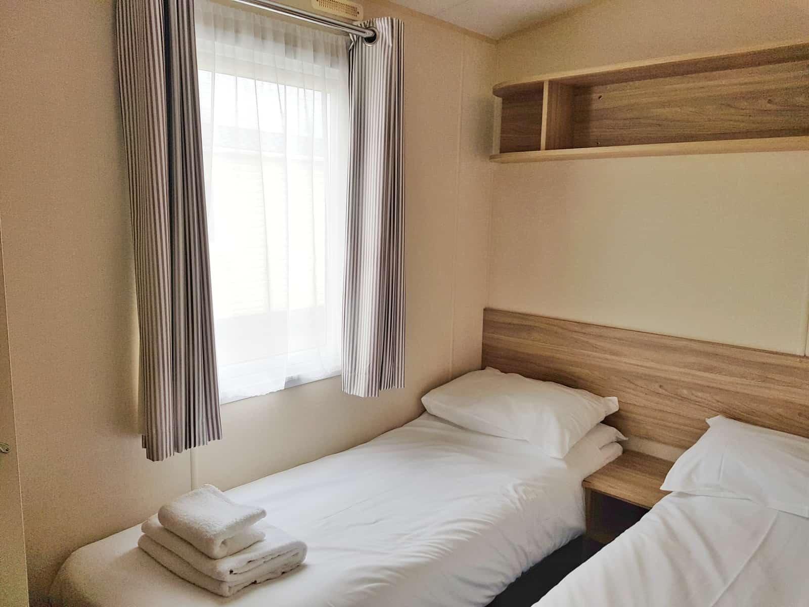 Hoburne Blue Anchor bedroom