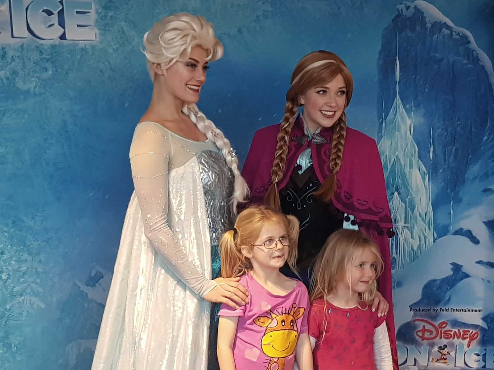 Disney on Ice Elsa Anna