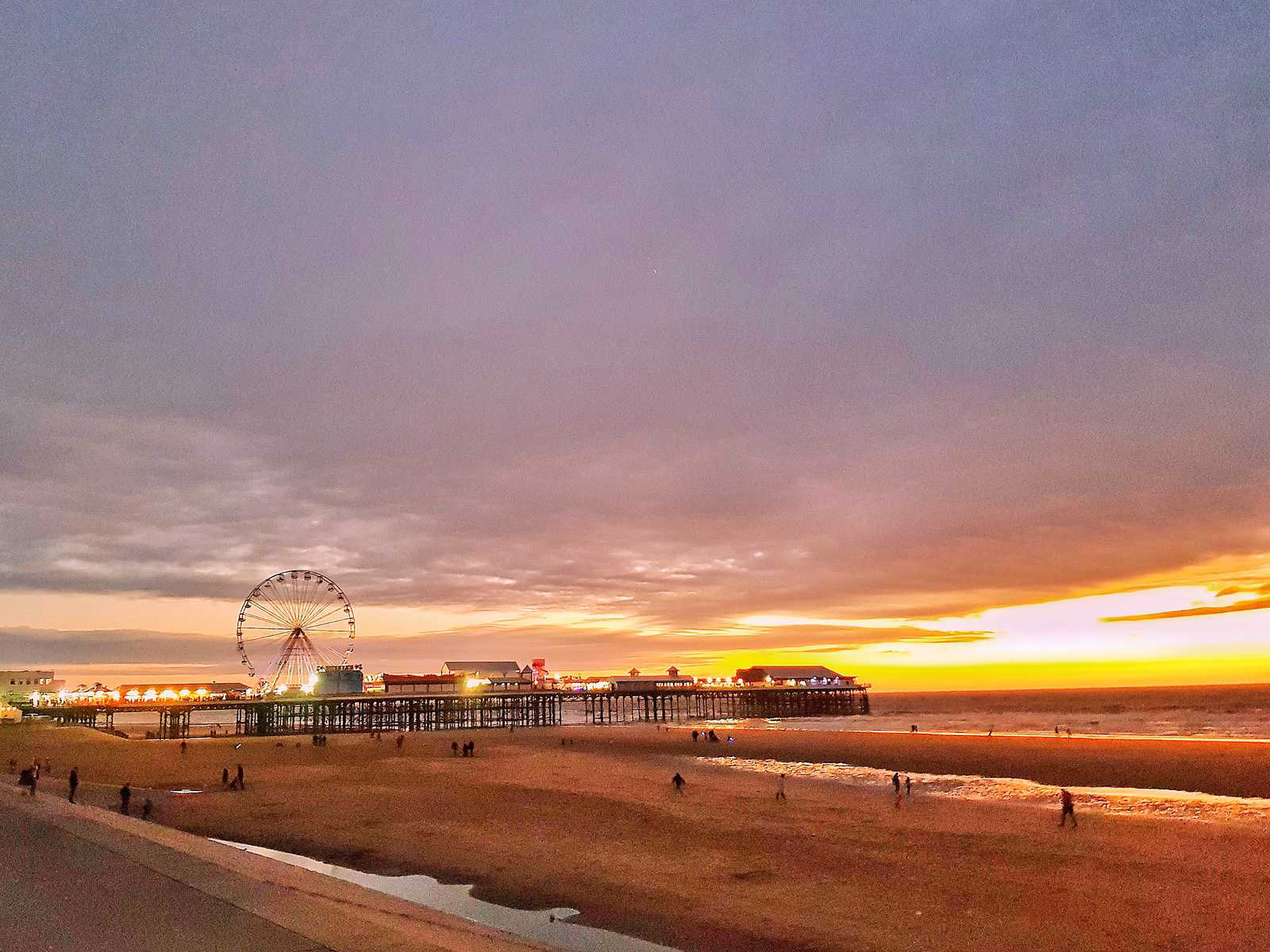 Coral Island Blackpool sunset