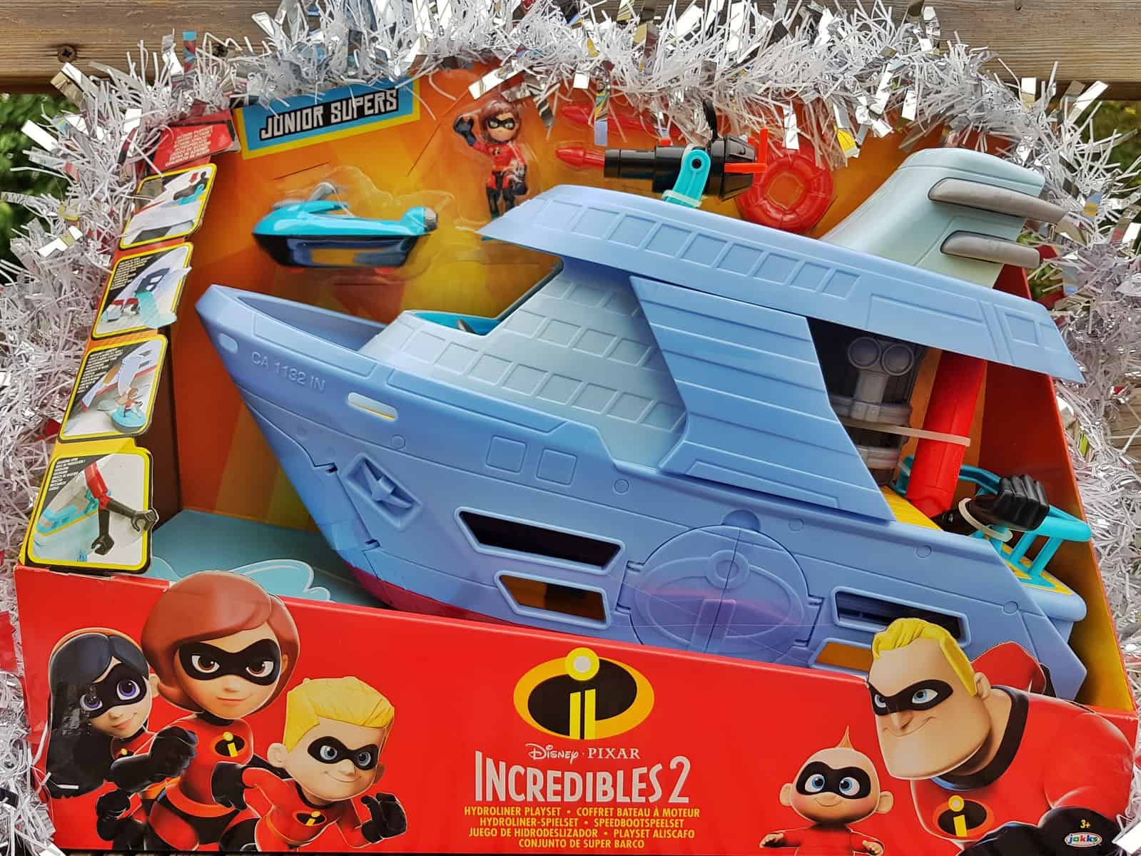 Christmas gift guide for primary school children Incredibles 2 Hydroliner