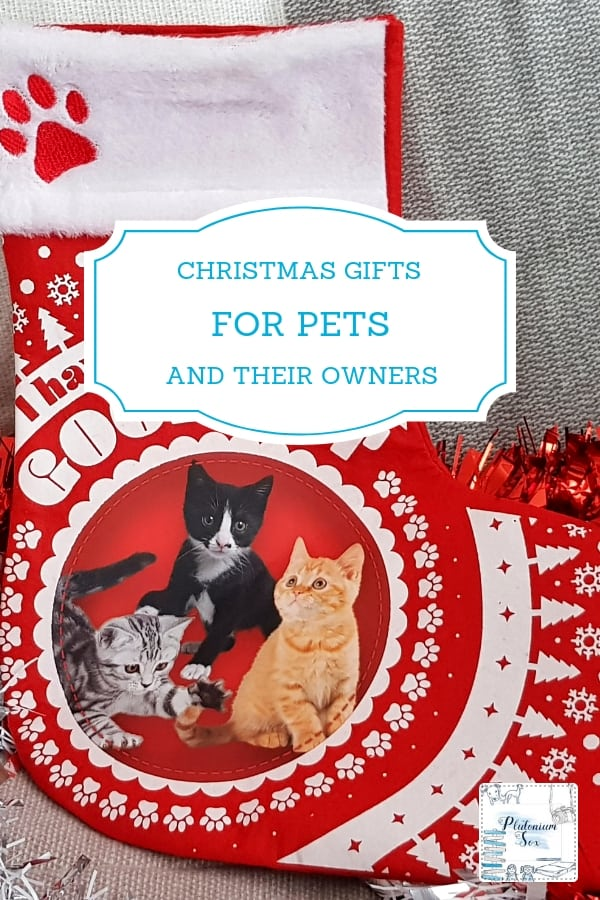 Christmas gifts for pets and their owners | Whether you are buying a gift for an animal lover or putting together a stocking for your cat or dog, this gift guide will give you some great ideas for Christmas presents for both pets themselves and their owners. #Christmas #giftguide #pets #dogs #cats #StockingFillers