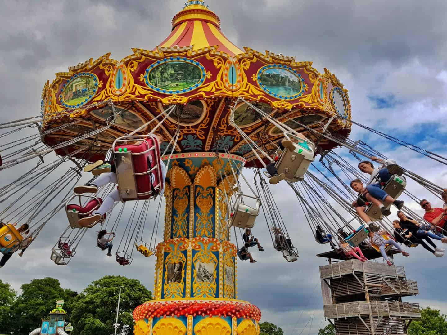 Dog friendly family day out at Wicksteed Park