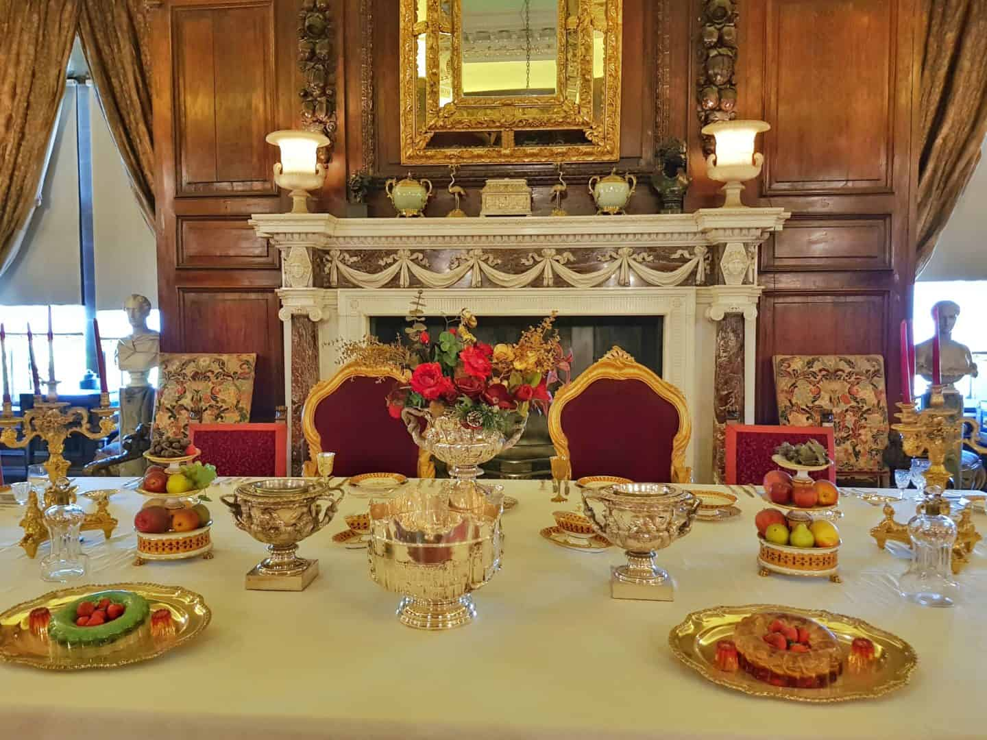 State dining room at Warwick Castle