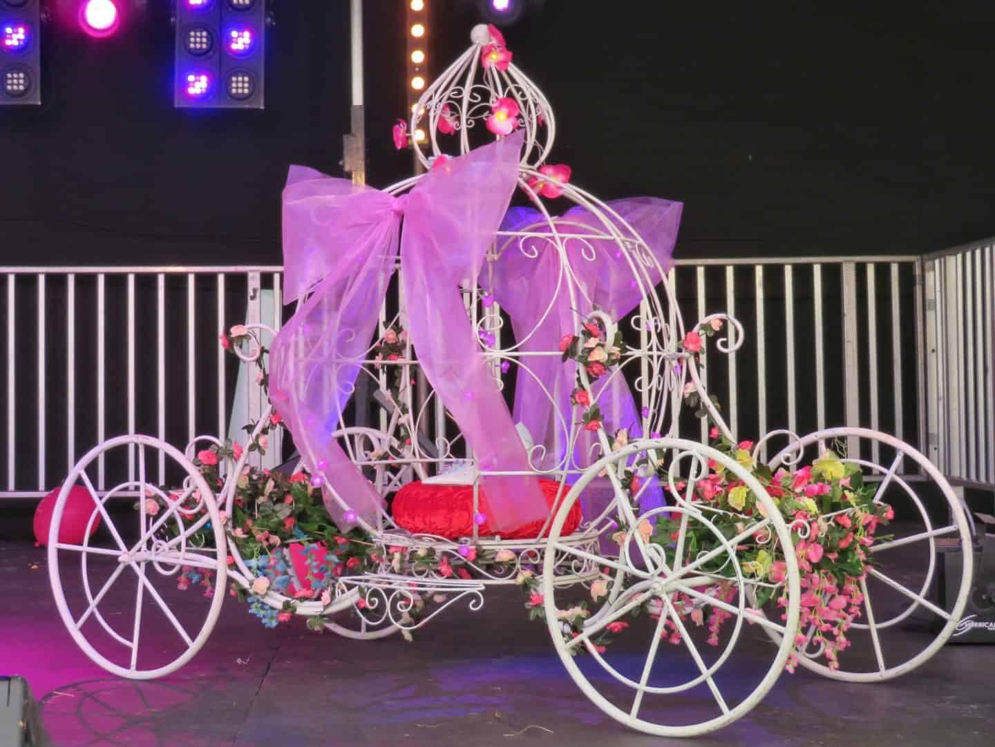 princess carriage at sunshine festival 2019