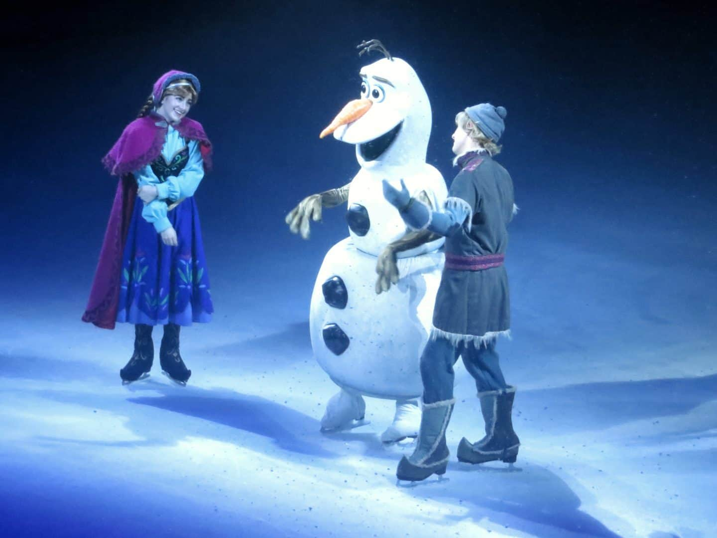 Olaf with Anna and Kristof having a discussion in Disney On Ice celebrates 100 Years of Magic