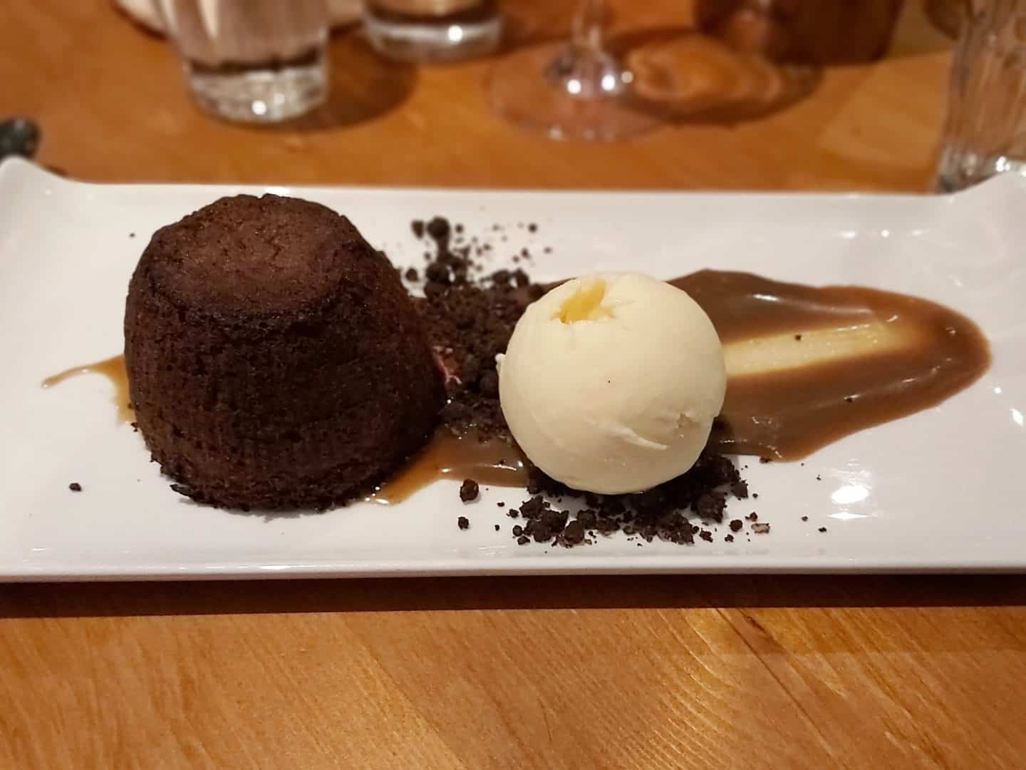 chocolate fondant with ice cream
